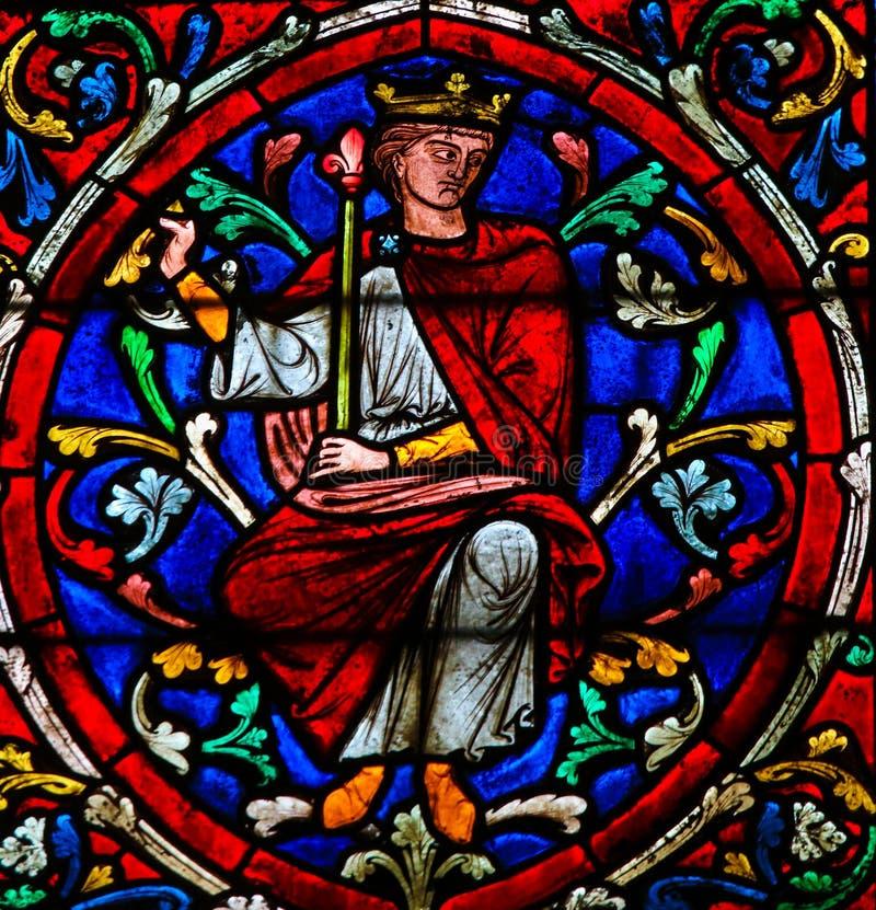 Buntglas in Notre Dame, Paris von König Solomon lizenzfreie stockbilder
