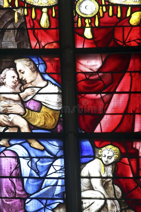 Buntglasfenster in den Amsterdam-Niederlanden lizenzfreies stockbild