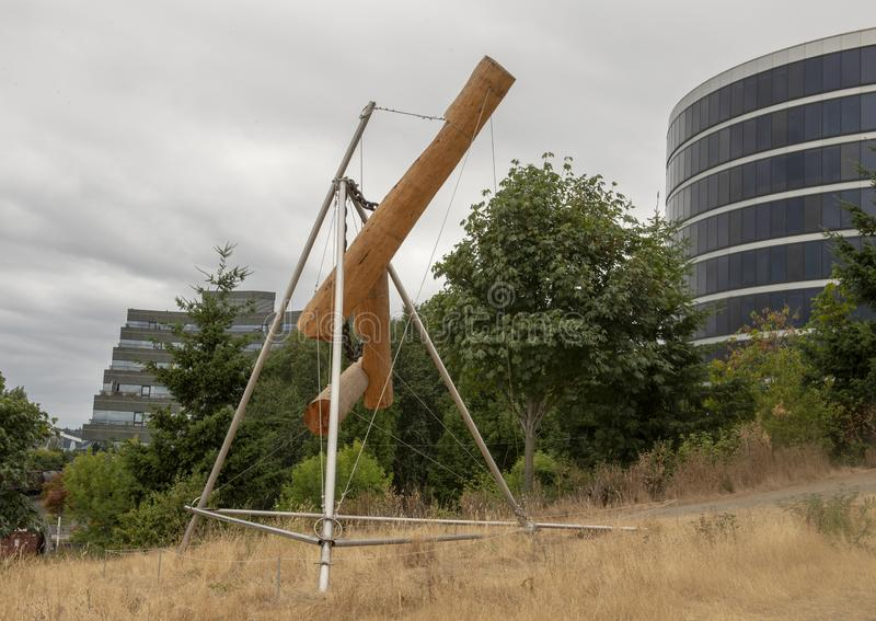 ` Bunyon-` s Schach ` durch Mark di Suvero, olympischer Sculptue-Park, Seattle, Washington, Vereinigte Staaten stockfotografie