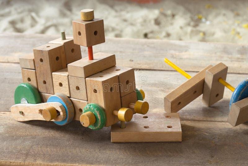 Buon all'antica con il giocattolo immagini stock