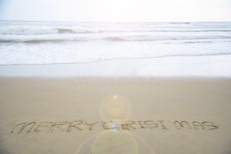 Buon Natale sulla spiaggia immagini stock