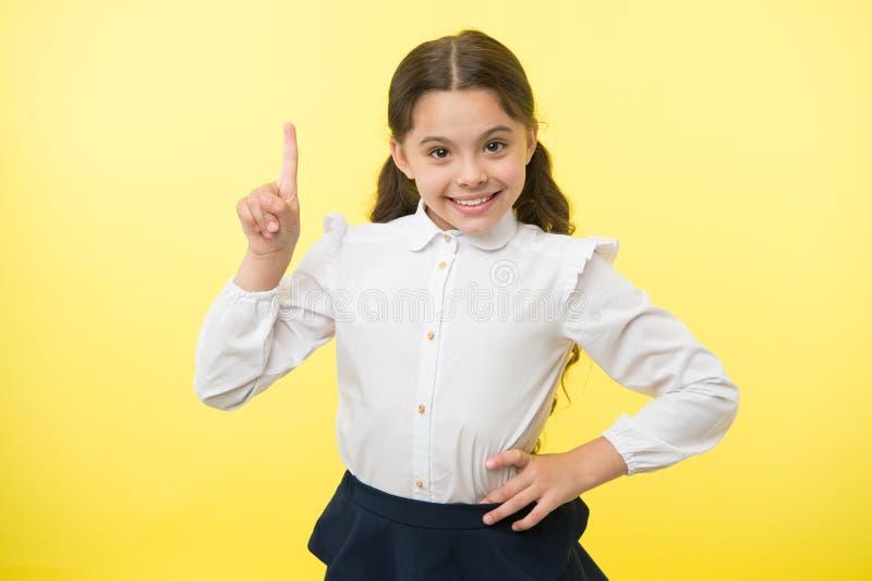 Buona idea La bambina ha un'idea ha ottenuto un'idea idea perfetta di piccola ragazza einstein immagine stock libera da diritti