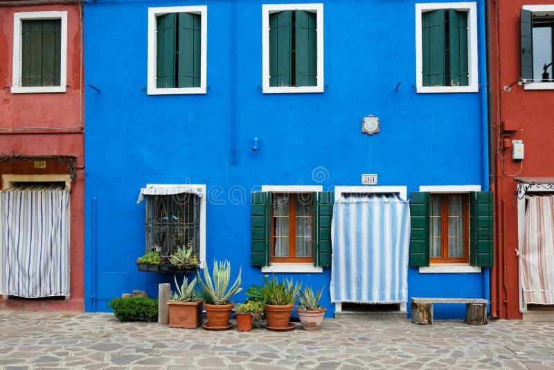 Burano,意大利五颜六色的房子  免版税库存照片