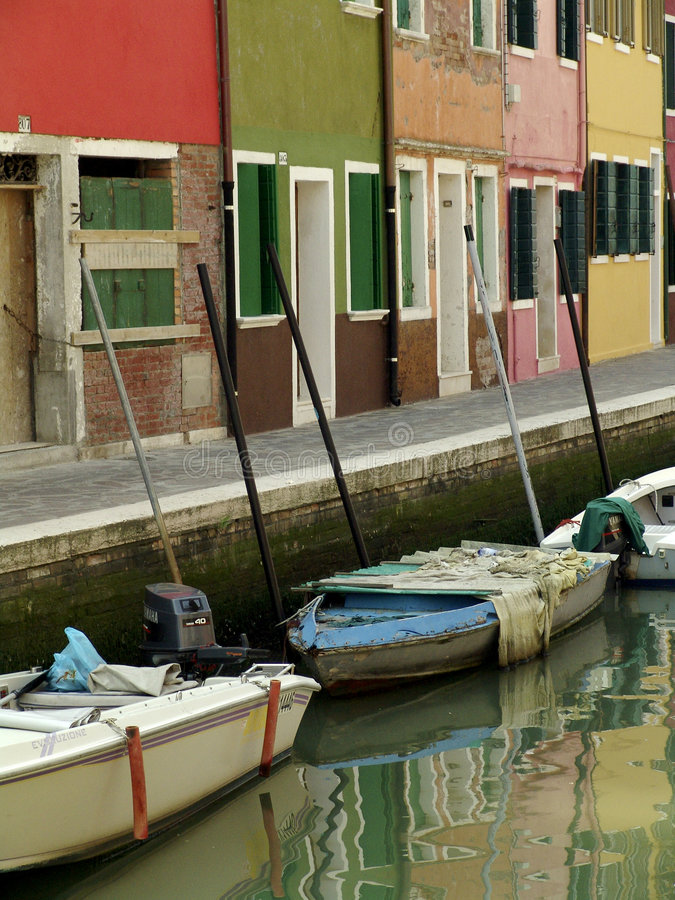 burano kanałów kolorowe ulice Wenecji zdjęcia stock