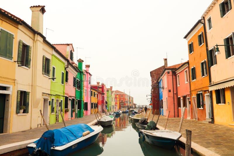 Burano Wenecja w mgle zdjęcia royalty free