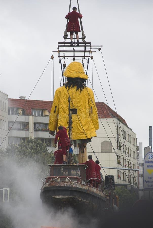 Burattino gigante a Berlino fotografie stock libere da diritti