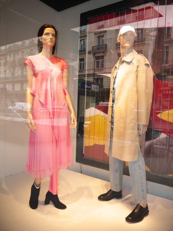Burberryshowcase womenswear Printemps Haussmann Parijs royalty-vrije stock foto