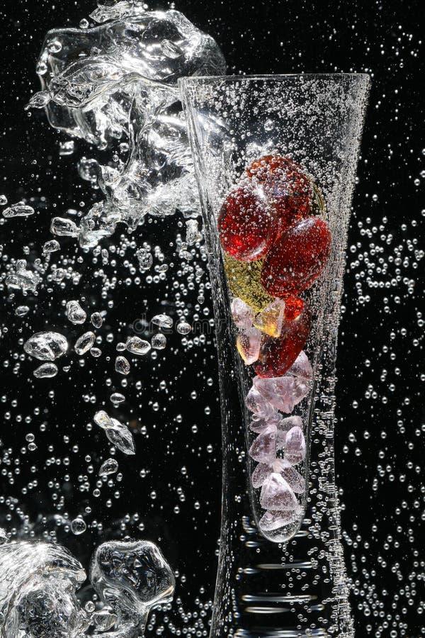 Burbujas y florero fotografía de archivo libre de regalías