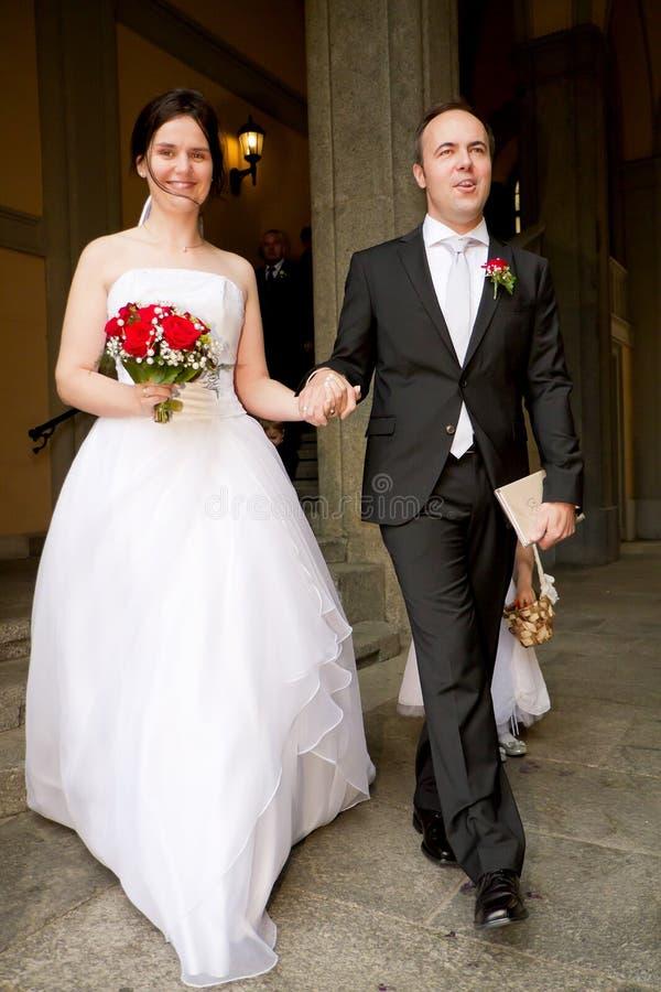Bureau d'enregistrement de nouveaux mariés photographie stock libre de droits
