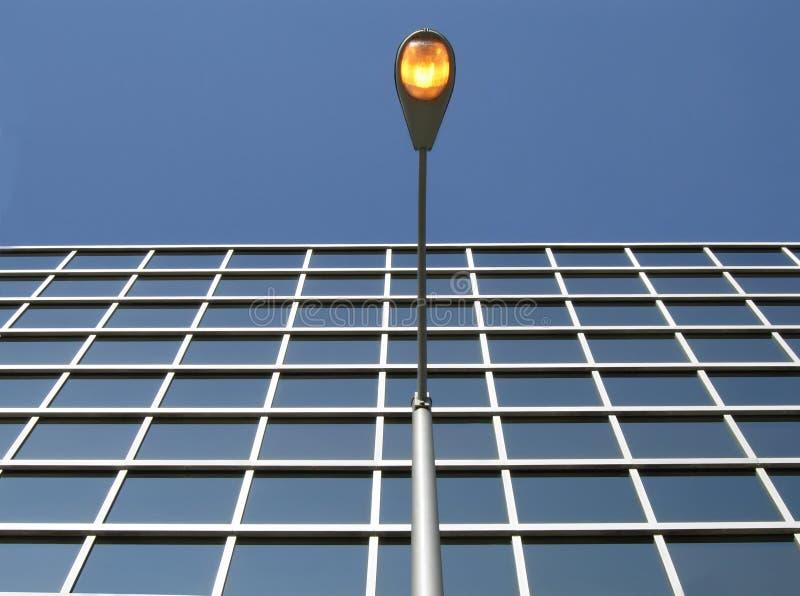 Bureau met Lamp royalty-vrije stock afbeelding