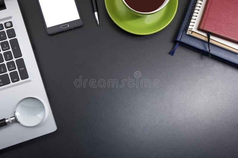 Bureaulijst met levering Hoogste mening Exemplaarruimte voor tekst stock foto