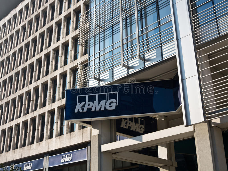 Bureaux de KPMG image libre de droits