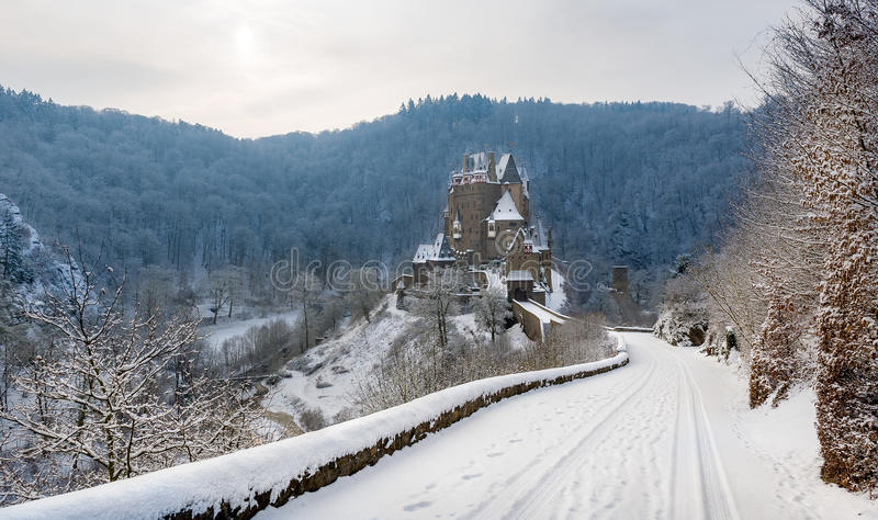 Burg Eltz all'inverno fotografia stock