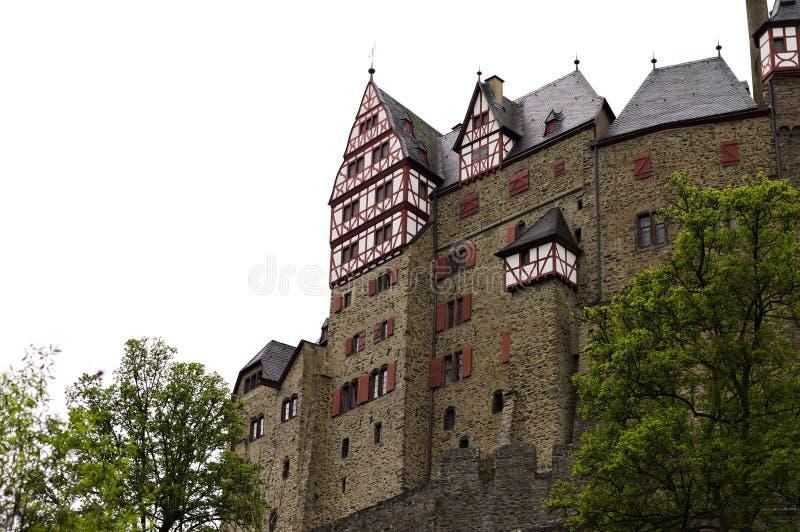 Burg Eltz, Allemagne : Vue du beau château d'Eltz dans la forêt photographie stock