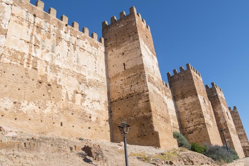 Burgalimar-Schloss, Bedecken-Al-Hamma, Baños De-La Encina-Dorf, J stockfotos