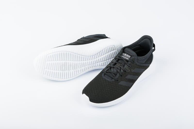 Adidas Women`s Essentials Cloudfoam QT