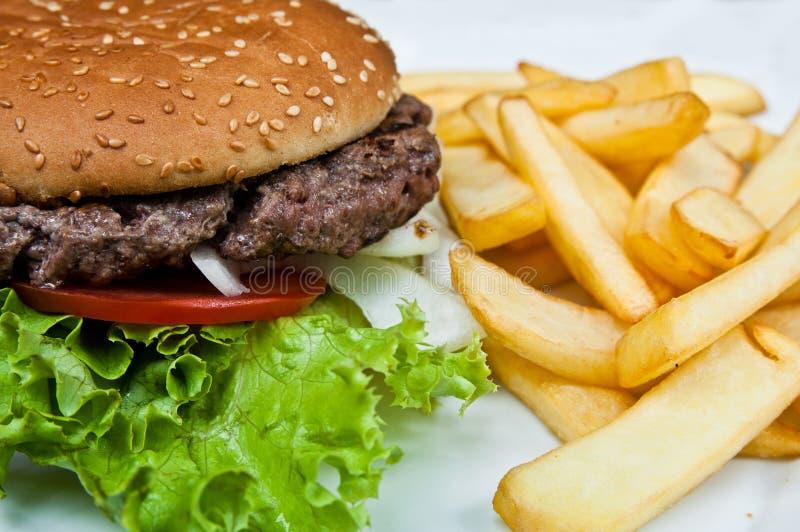 Burger des amerikanischen Käses lizenzfreie stockfotos