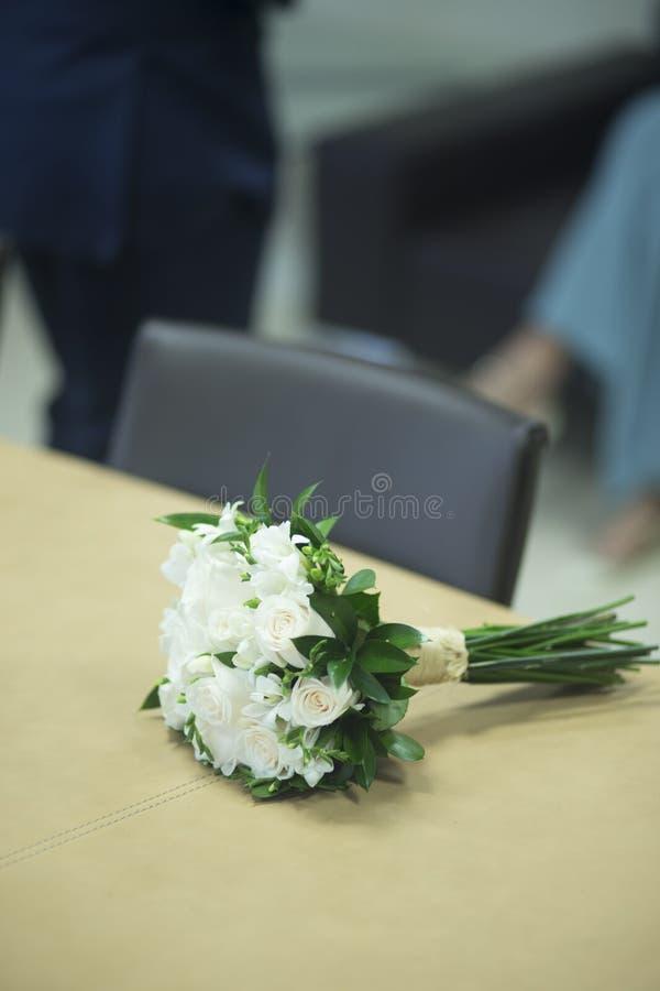Burgerlijk huwelijks bruids boeket royalty-vrije stock afbeeldingen