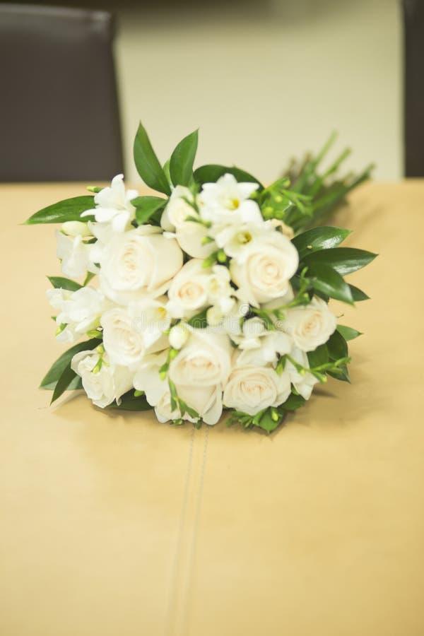 Burgerlijk huwelijks bruids boeket royalty-vrije stock foto