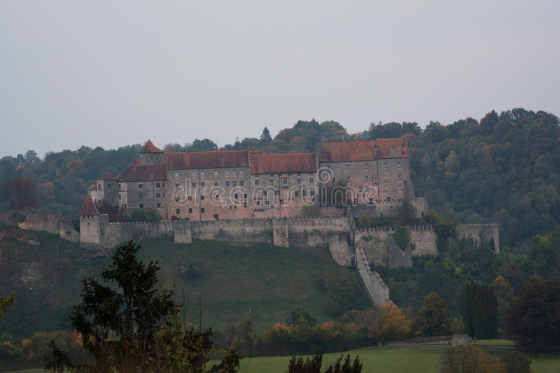 Burghausen - Weltlängstes Schloss, Deutschland stockfotos