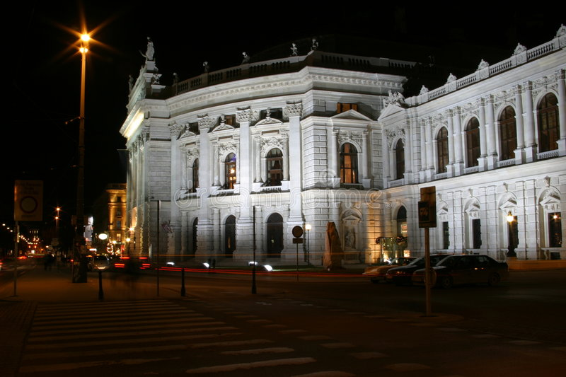 burgtheater σκηνές Βιέννη νύχτας στοκ εικόνα