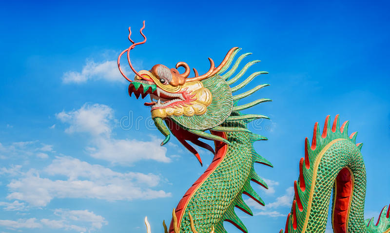 Download Buri chon龙西安雕象寺庙泰国 库存图片. 图片 包括有 绿色, 天空, 镇痛药, 金子, beautifuler - 62529123