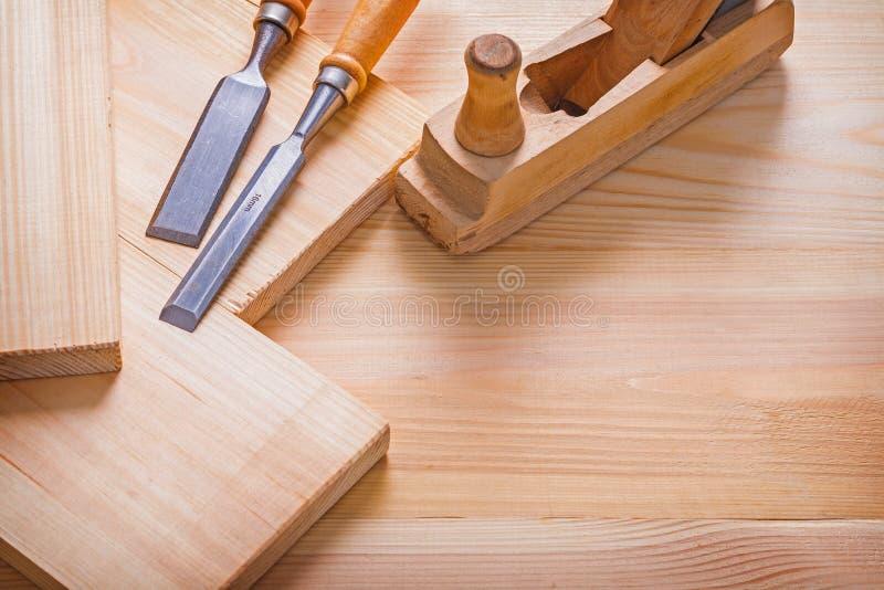 Burin plat de menuiserie de travailleurs du bois démodés images stock