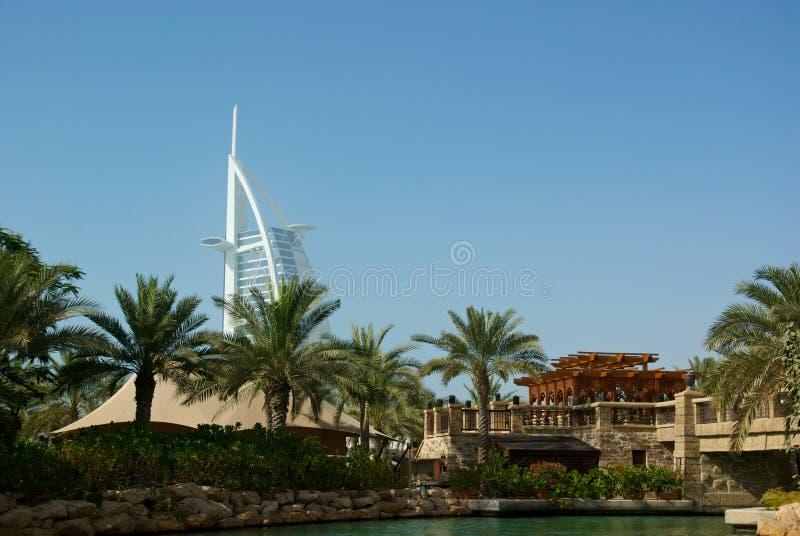 Download Burj Al-Araber stockfoto. Bild von tourismus, emiräte - 26367896