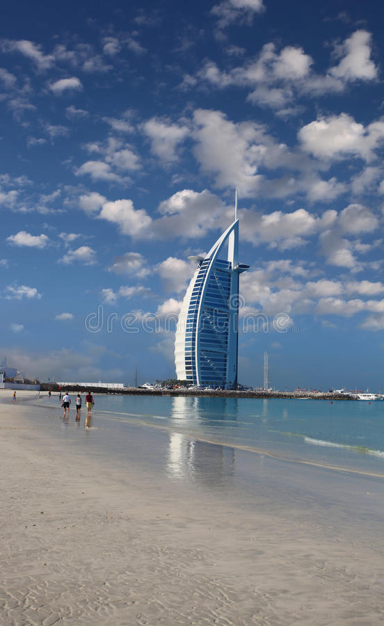 Burj Al Arabski luksusowy hotel w Dubaj, UAE obrazy stock