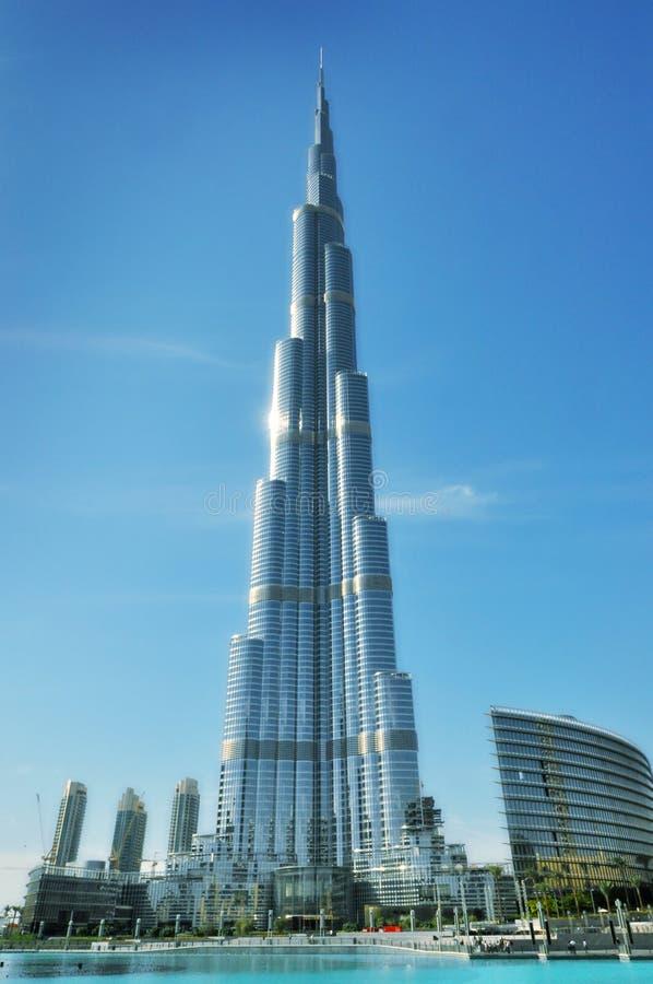 Burj Khalifa (Doubai) - de langste bouw van de wereld stock fotografie