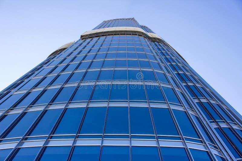 Download Burj Khalifa Tower image stock. Image du haut, ville - 56483261