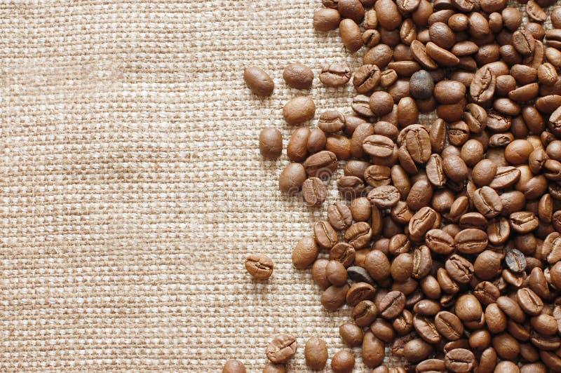 burlap φασολιών σύσταση καφέ στοκ φωτογραφία
