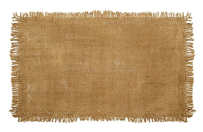 Burlap Hessian υλικό σάκων με τις φορεμένες ξεφτισμένες άκρες που απομονώνονται επάνω στοκ εικόνα με δικαίωμα ελεύθερης χρήσης
