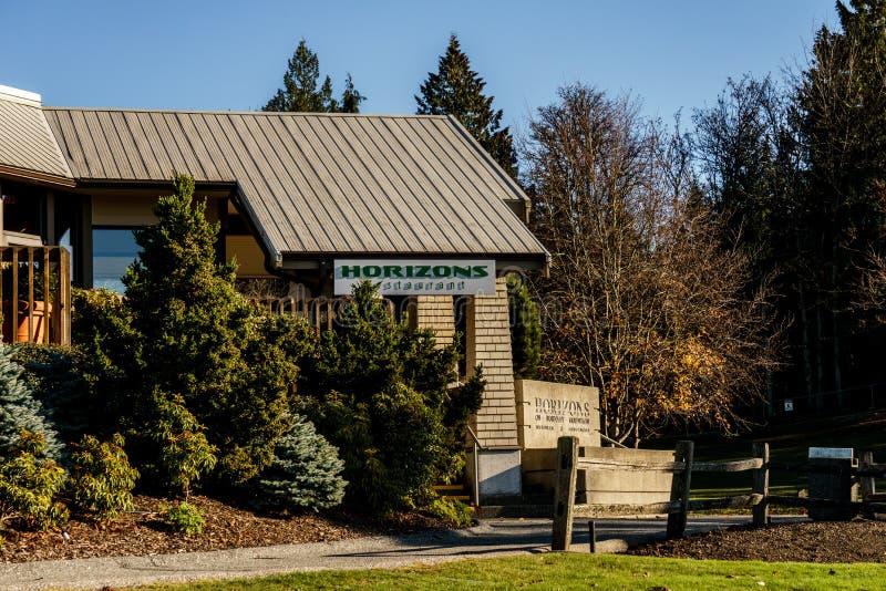 BURNABY, CANADÁ - 17 DE NOVIEMBRE DE 2018: Restaurante de los horizontes en parque de la montaña de Burnaby imagenes de archivo