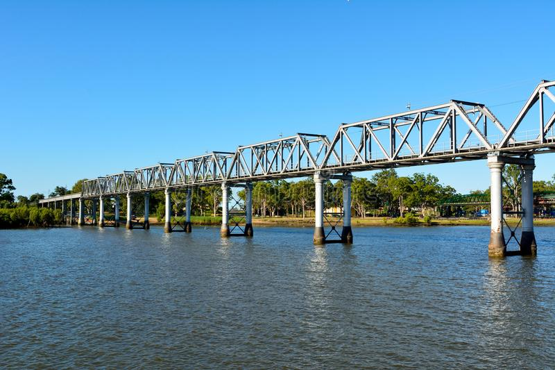 Burnett River Railway Bridge en Bundaberg, Australia imágenes de archivo libres de regalías