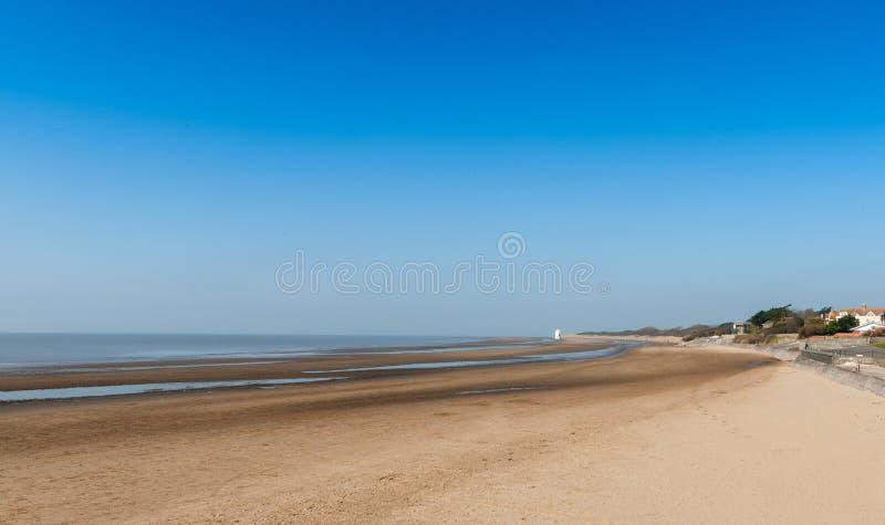 Download Burnham na praia do mar foto de stock. Imagem de inglaterra - 29825164