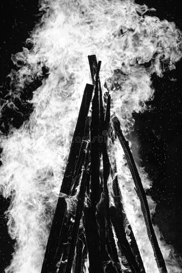 Burning del fuego foto de archivo libre de regalías