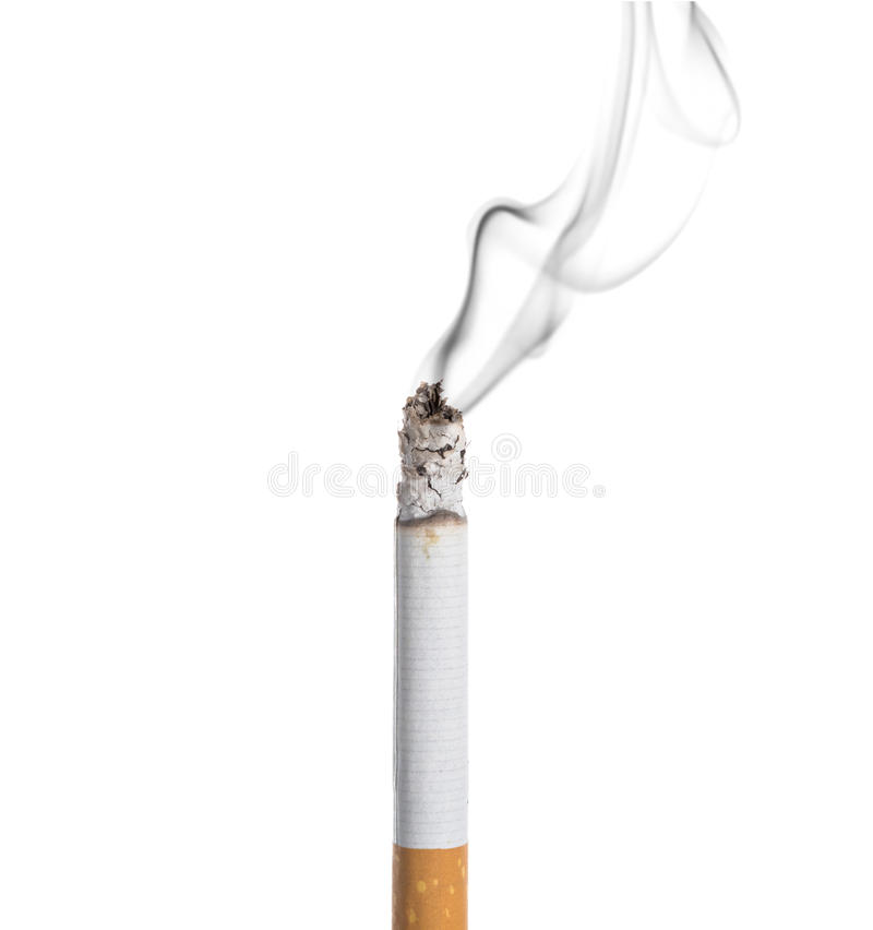 Burning do cigarro isolado imagem de stock royalty free