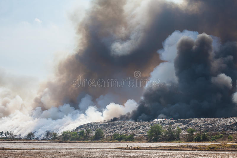 Download Burning Garbage Heap Of Smoke Stock Photo - Image: 41338390
