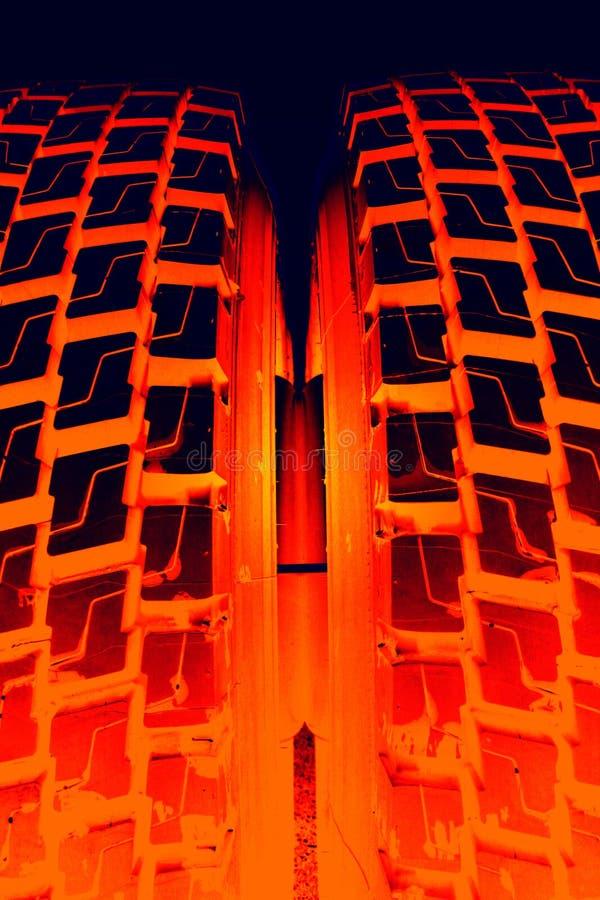 burning gummihjul arkivfoto