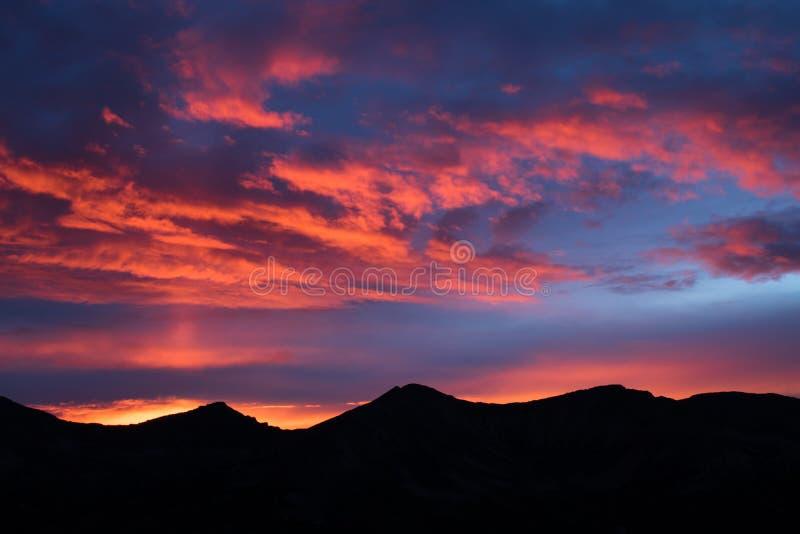 burning sky στοκ εικόνες με δικαίωμα ελεύθερης χρήσης