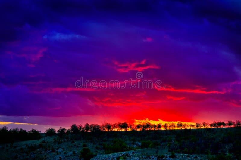 Burnning-Himmel stockbilder