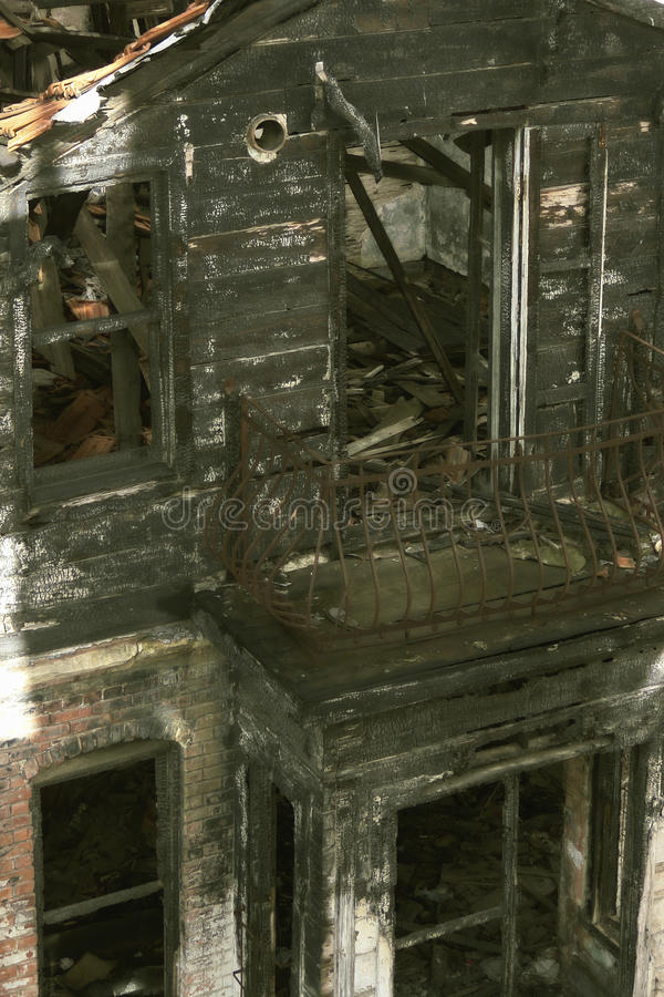 Download Burnt House stock image. Image of vertical, disaster - 28639527
