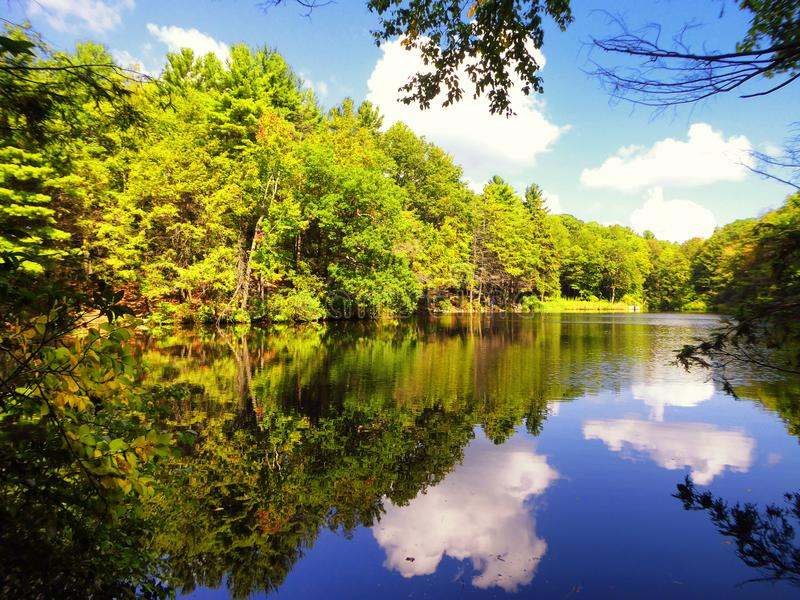 Burr Pond-Nationalpark-Herbstansicht stockfotografie