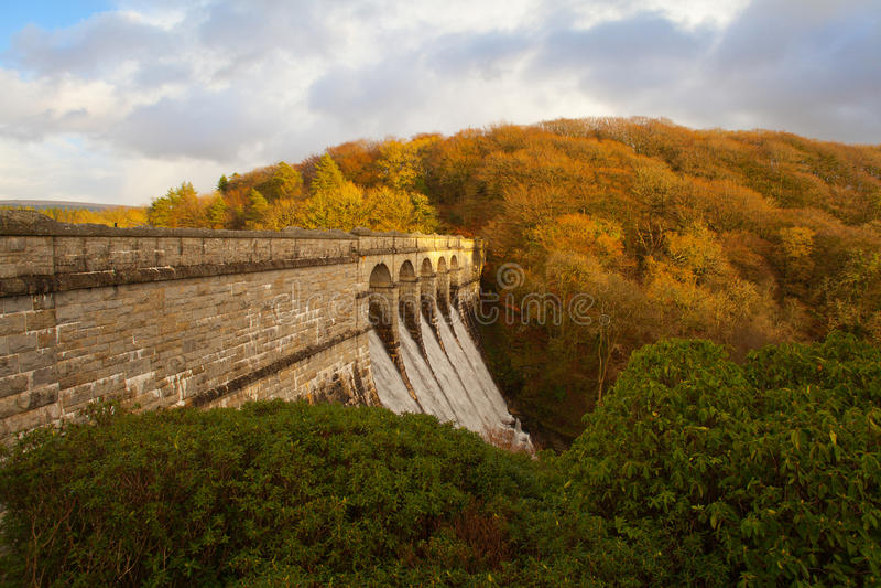 burrator水库水坝, dartmoor德文郡 免版税图库摄影