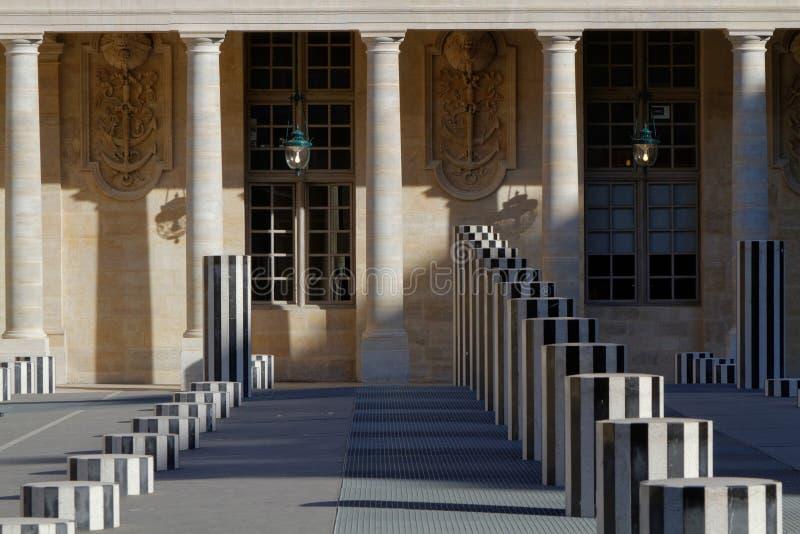 Burrenskolommen in Palais Royal stock afbeelding