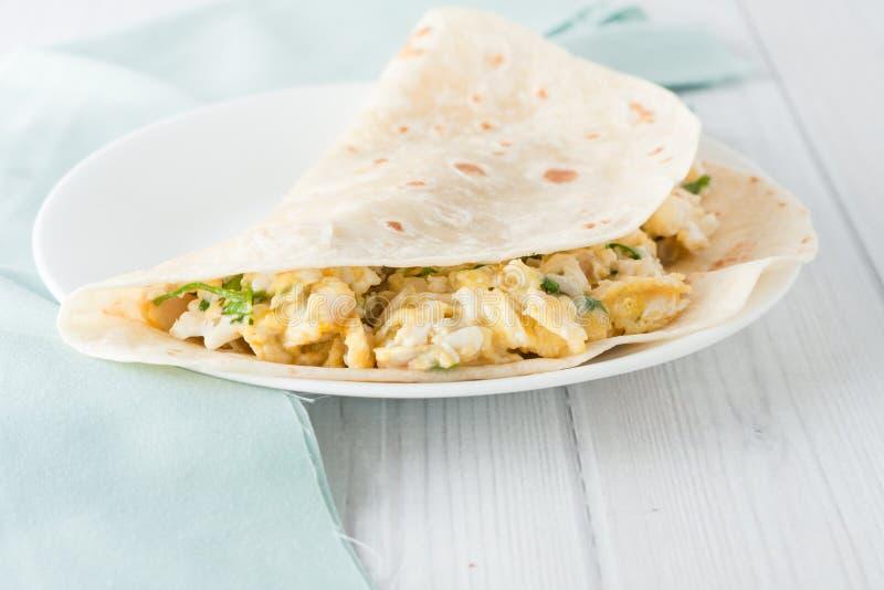 Burrito αυγών προγευμάτων στοκ εικόνες με δικαίωμα ελεύθερης χρήσης