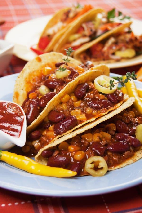 burrito carne chili przeciwu skorupy taco zdjęcia stock