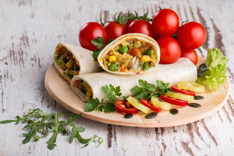 Burrito com vegetais imagens de stock royalty free