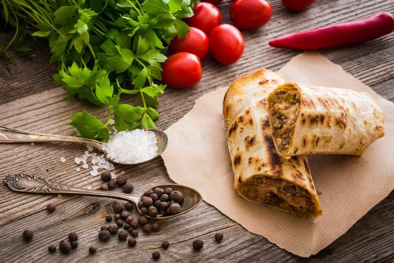 Burrito con le verdure fotografia stock